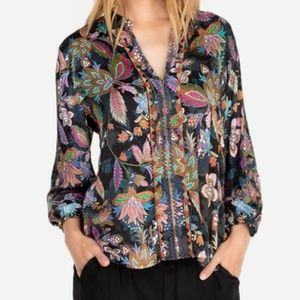 Nwt Johnny Was  blouse size Small